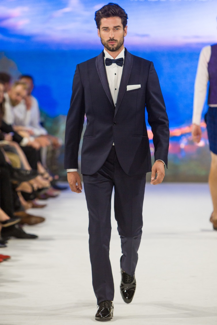 shayne-gray-TOM-aug-20-runway-Christopher-Bates-2714