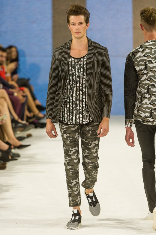 shayne-gray-TOM-aug-20-runway-Dalla-0959