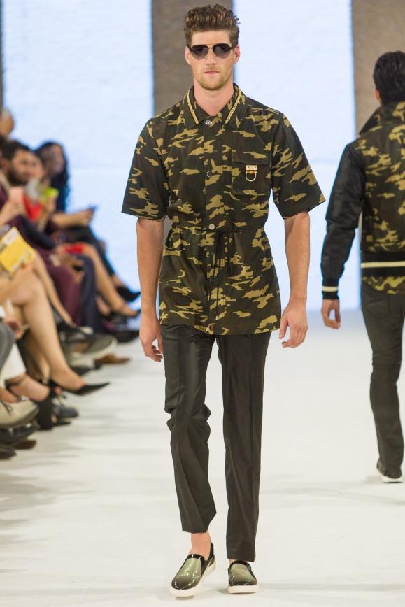 shayne-gray-TOM-aug-20-runway-Dalla-1085