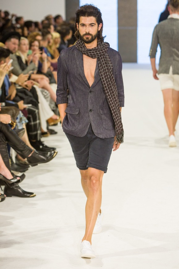 shayne-gray-TOM-aug-20-runway-Dalla-1144