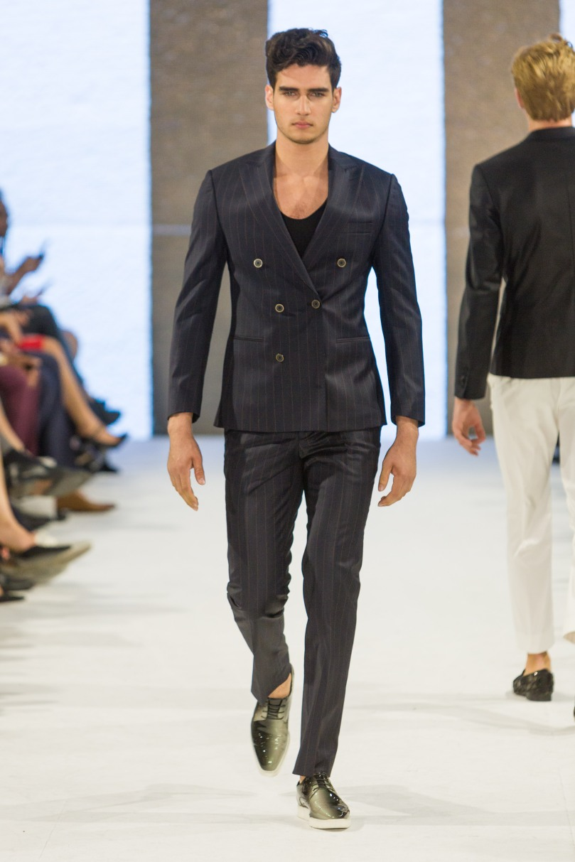 shayne-gray-TOM-aug-20-runway-Dalla-1243