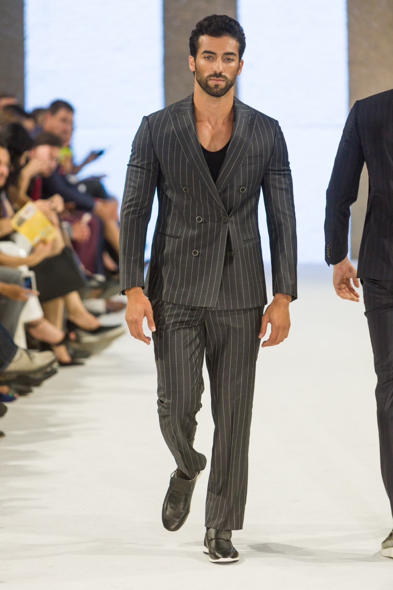 shayne-gray-TOM-aug-20-runway-Dalla-1256