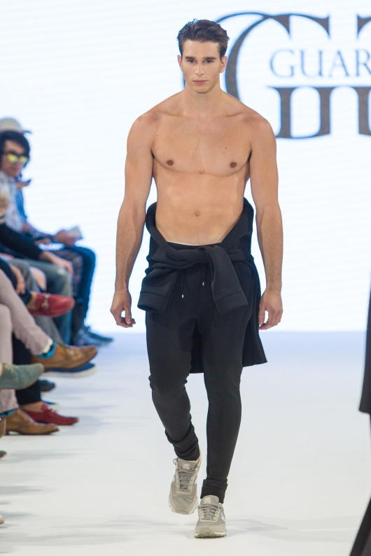 shayne-gray-TOM-aug-20-runway-Guarin-9389