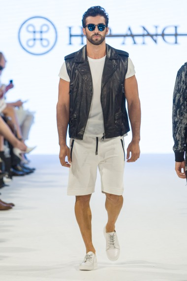 shayne-gray-TOM-aug-20-runway-hand-and-bone-9754