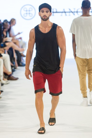shayne-gray-TOM-aug-20-runway-hand-and-bone-9779