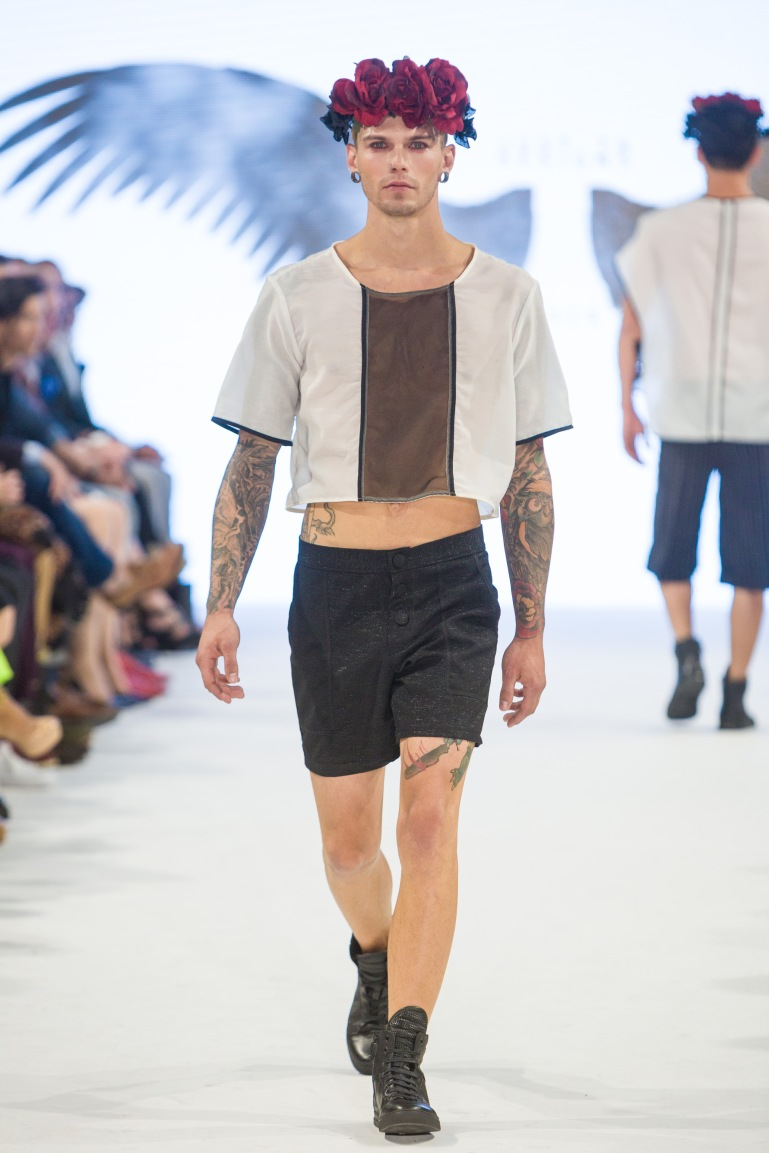 shayne-gray-TOM-aug-20-runway-Just-Ta-2037