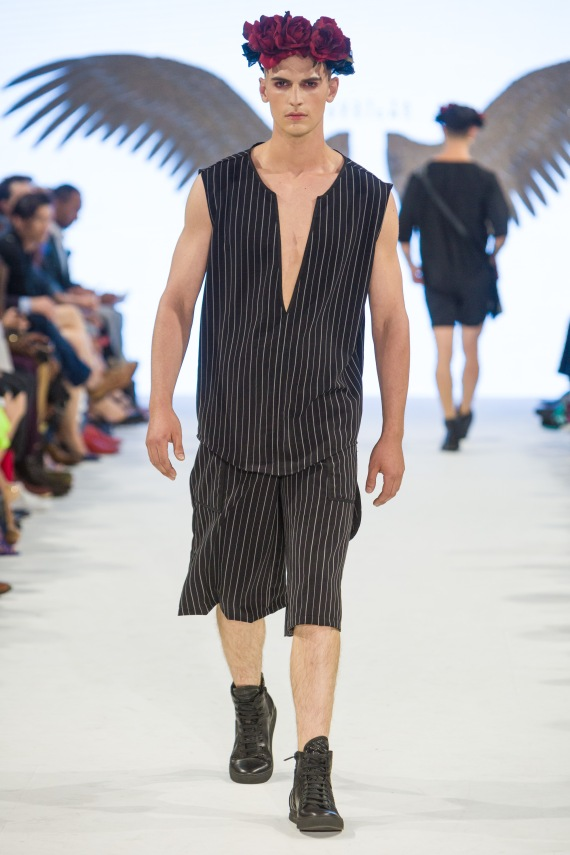 shayne-gray-TOM-aug-20-runway-Just-Ta-2159