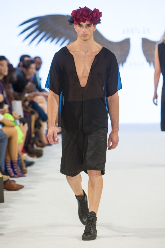 shayne-gray-TOM-aug-20-runway-Just-Ta-2190