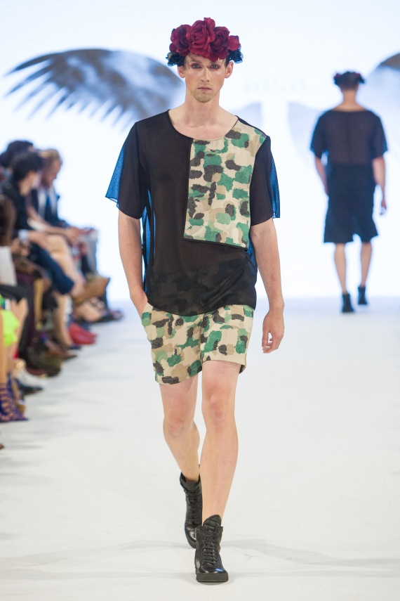 shayne-gray-TOM-aug-20-runway-Just-Ta-2205
