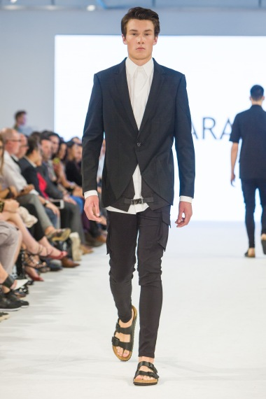 shayne-gray-TOM-aug-21-runway-EMDA-3.PARADIS-2990