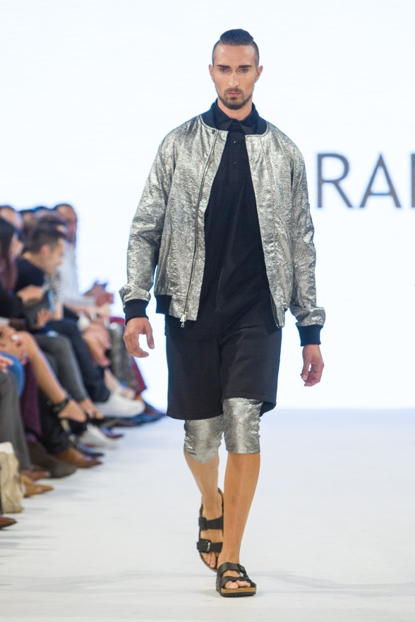 shayne-gray-TOM-aug-21-runway-EMDA-3.PARADIS-3074