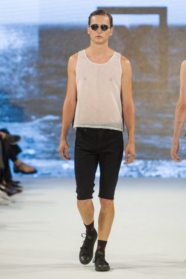 shayne-gray-TOM-aug-21-runway-Keniya-X-1379