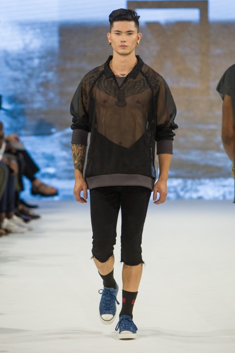 shayne-gray-TOM-aug-21-runway-Keniya-X-1472